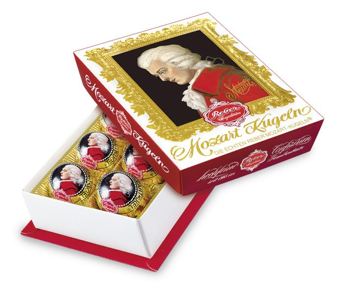 Product packaging of UTZ labled Mozart Kugln from Reber - Wolfgang Amadeus